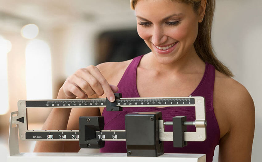 woman losing weight without exercise